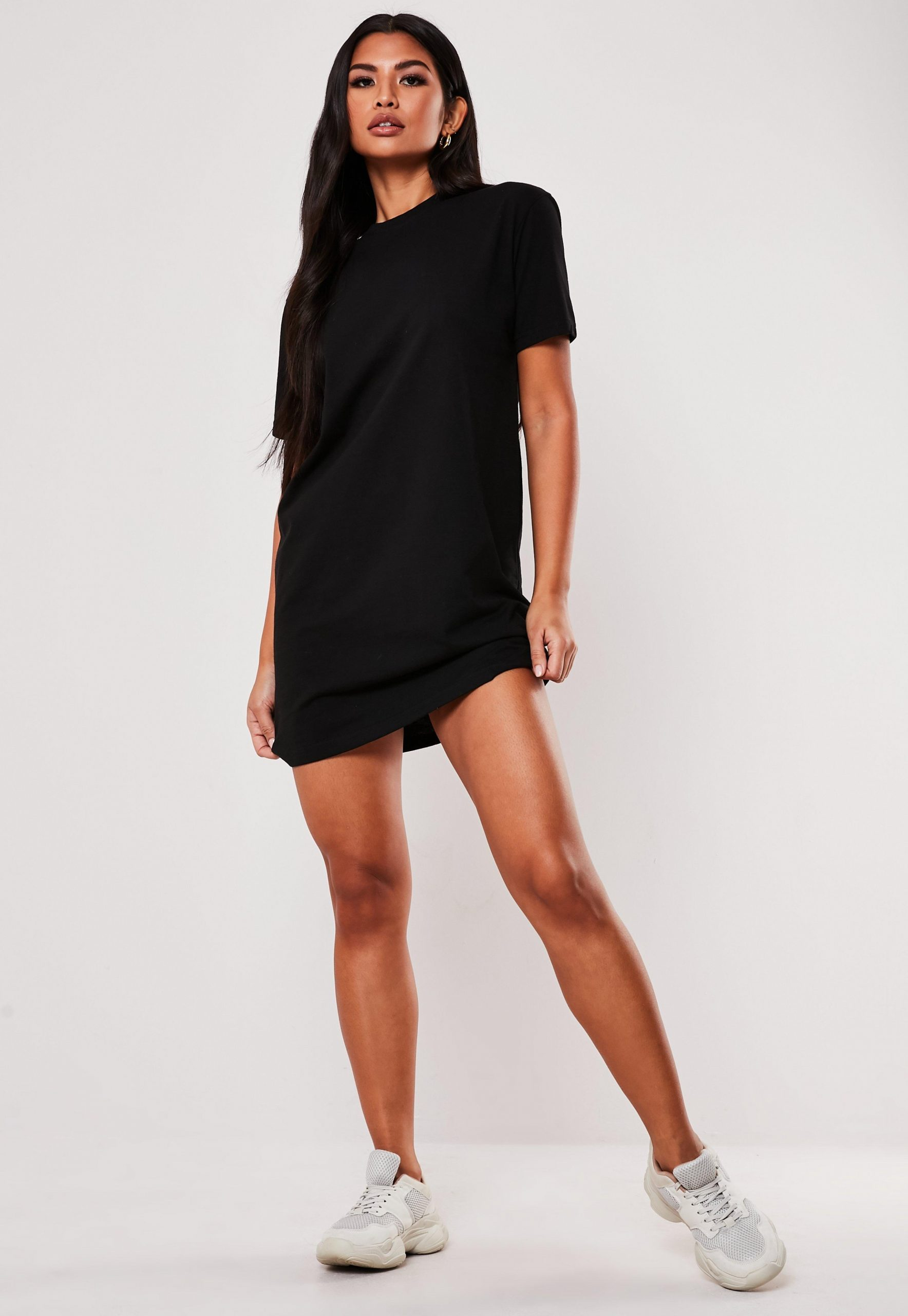 Basic-T-Shirt-Kleid in Schwarz