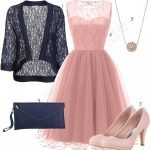 Frauenoutfit Mit Rosa Kleid, Pumps Und Anhänger Outfits10you