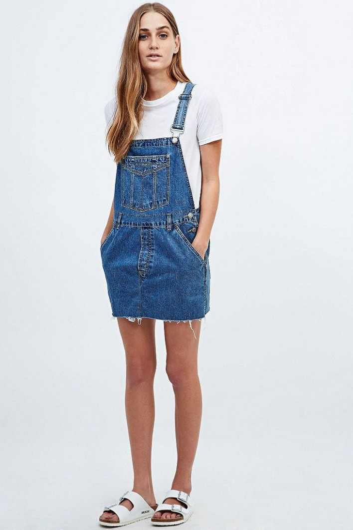 urban renewal vintage re made denim dungaree dress outfit ideen latzkleid jeans