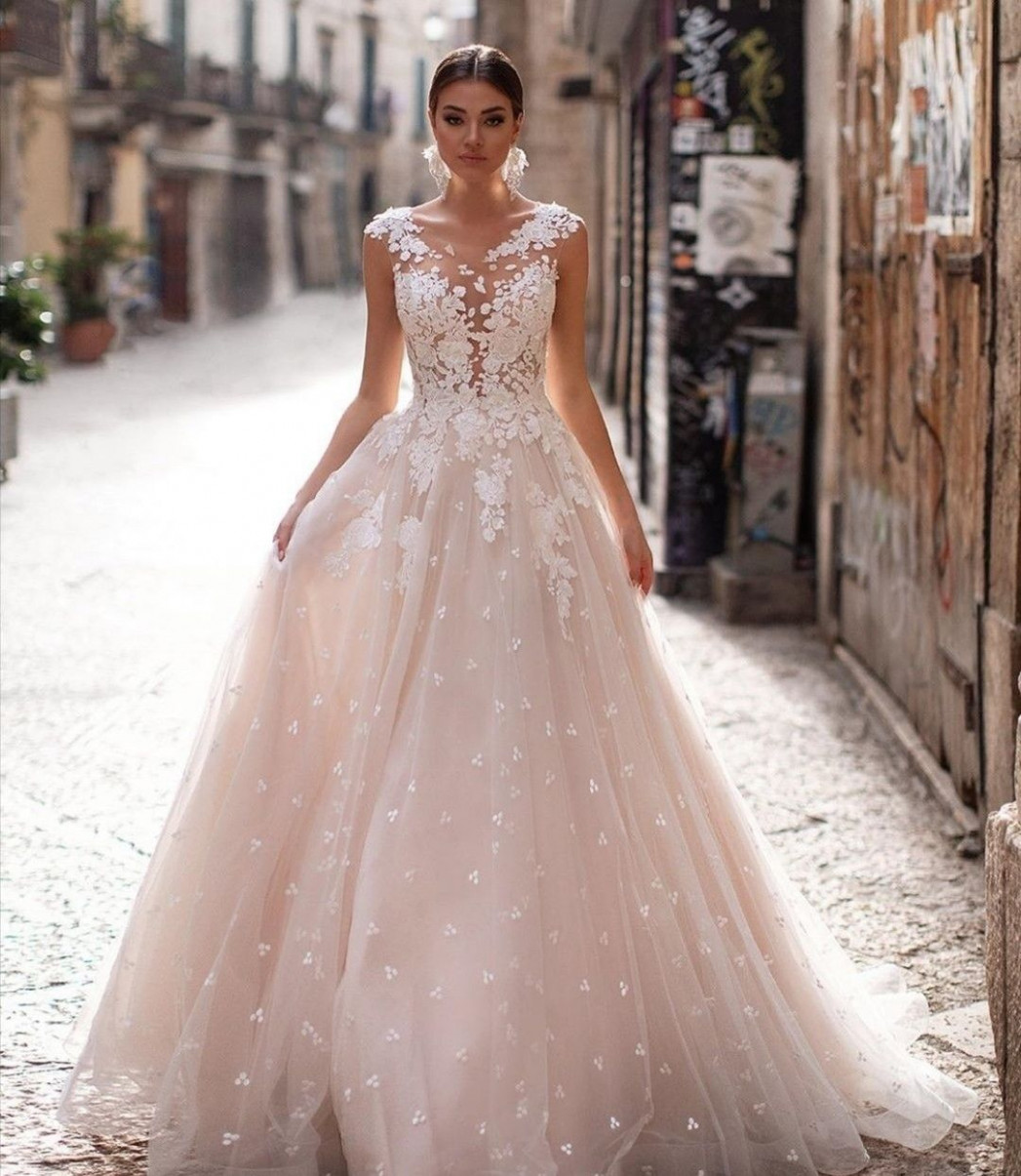 brautkleid rose spitze  Wedding dresses, Wedding dresses blush