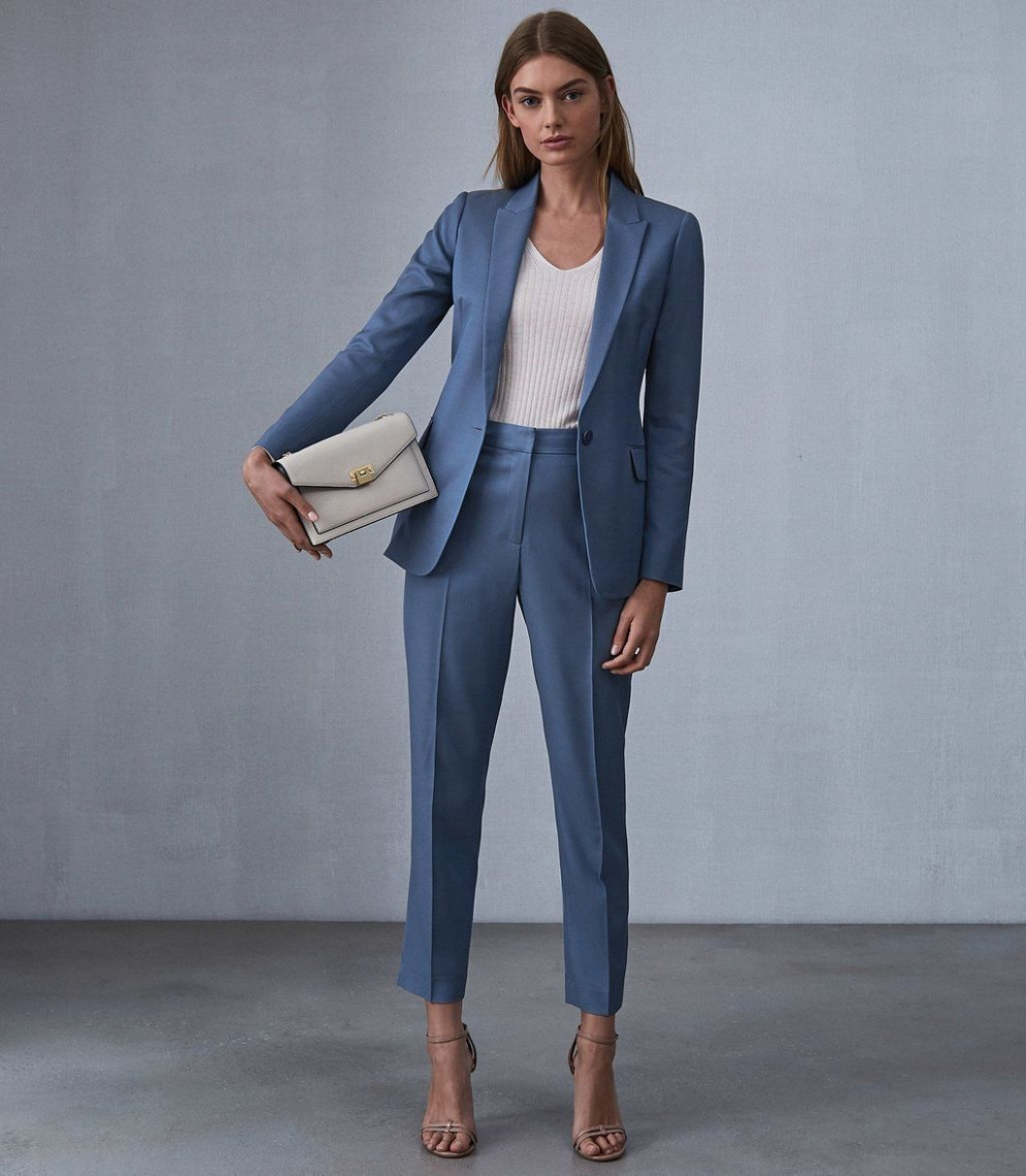 cool 12 modern work outfit ideas for women this year
