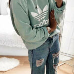 Fall #outfits Grauer Adidas Pullover