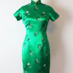 Vintage 8s Asian Cheongsam Dress / 198s Green Satin Dress Asiatisches Kleid