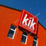 A Sign For A Kik Discount Clothing Store In Slovenia Stock Photo Kik Kleidung