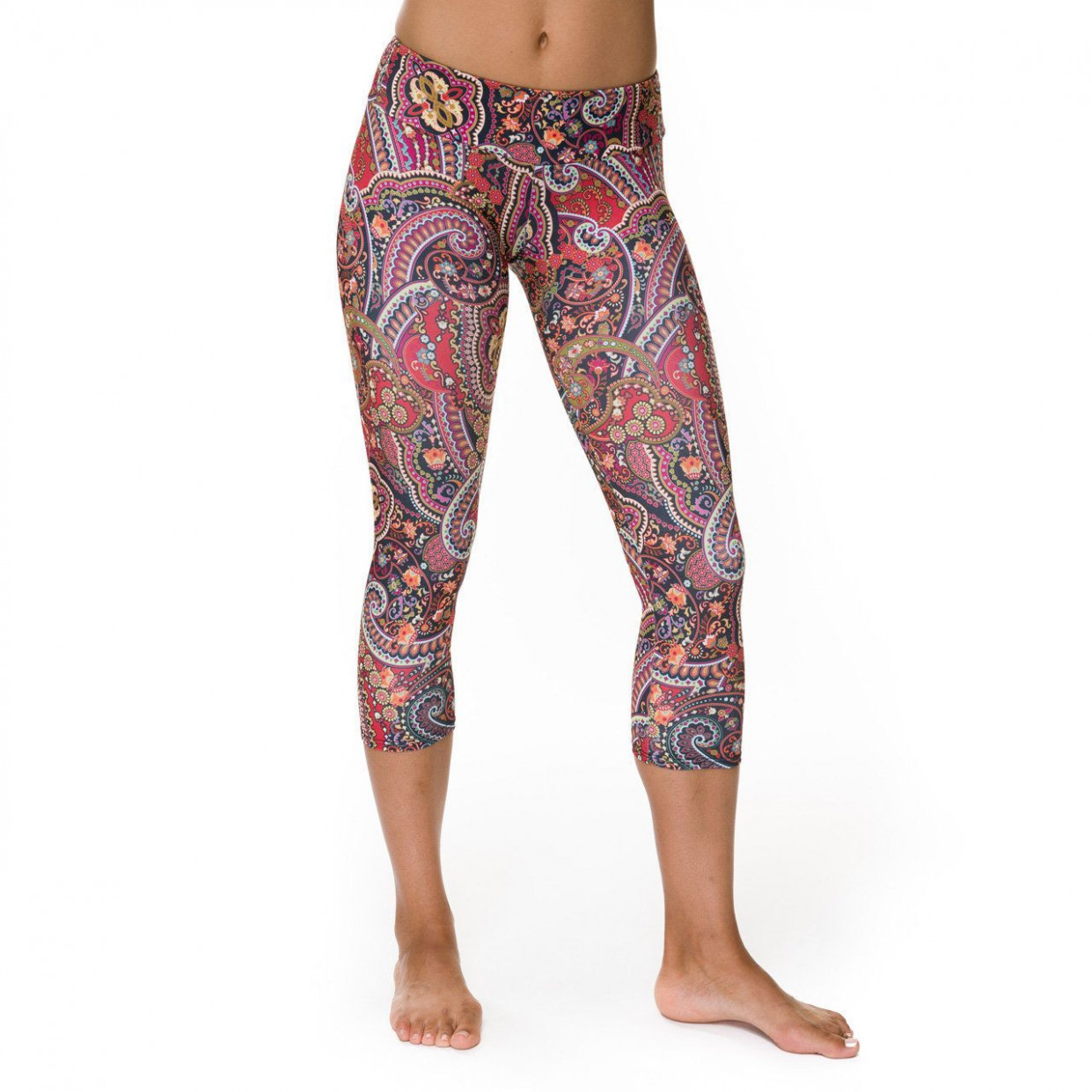 enter to win a $10 gift certificate to onzie at real moms real yoga kleidung