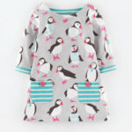 Jersey Printed Tunic (light Grey Puffin) Kinderkleidung Boden Kinderkleidung