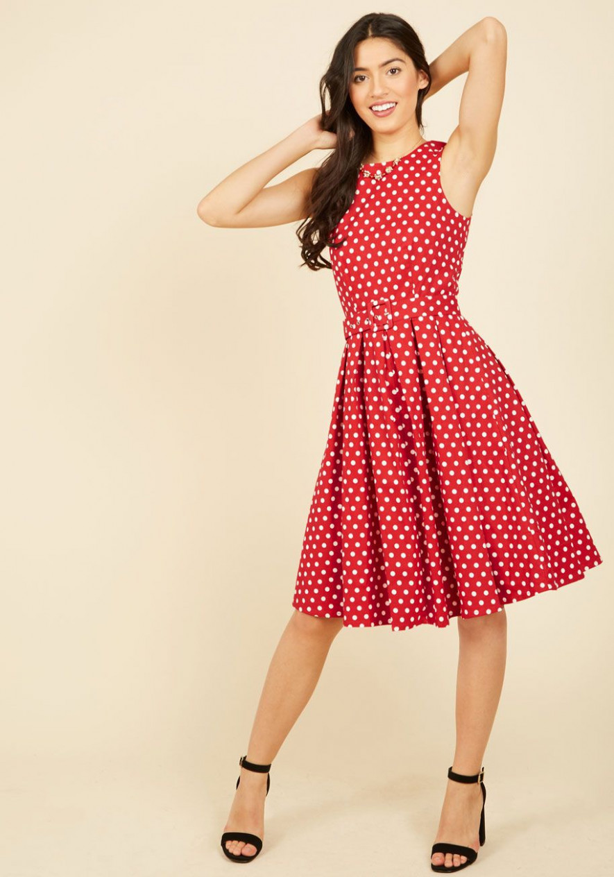 lindy hop and you don't stop a line dress in red, @modcloth red lindy hop kleidung | Lindy Hop Kleidung