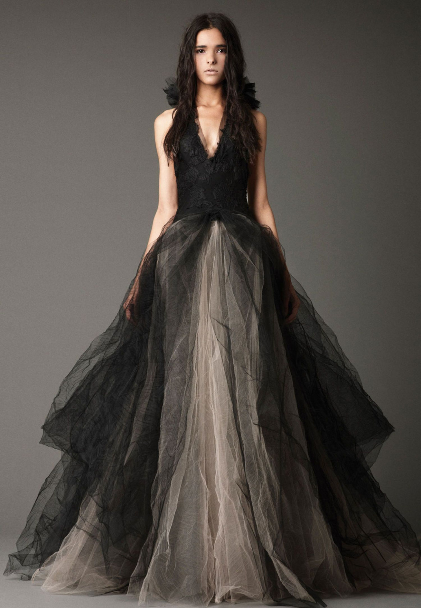 shenae grimes' wedding dress: the bride wore one of the black vera vera wang hochzeitskleid | Vera Wang Hochzeitskleid