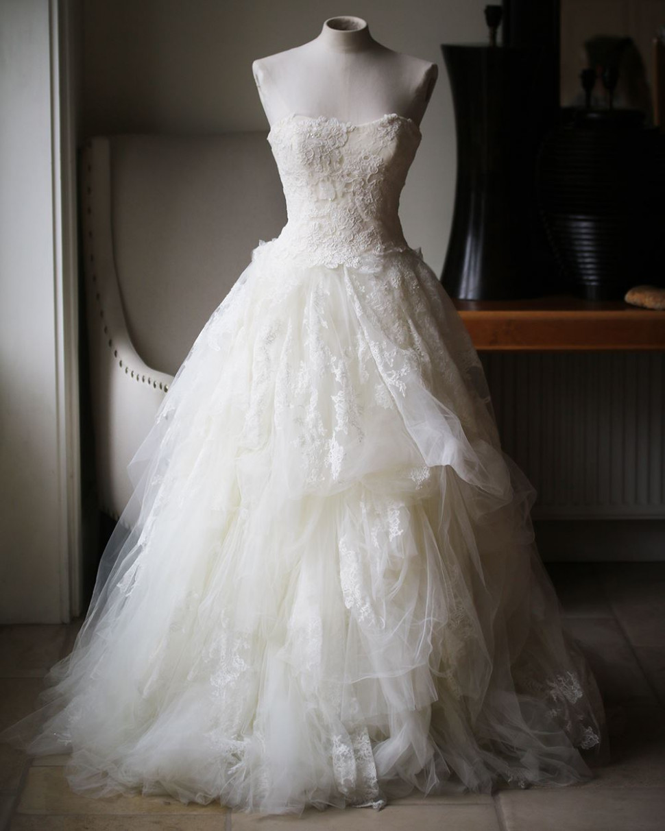 vera wang luxe embellished lace and tulle wedding dress us 9 uk 9 vera wang hochzeitskleid