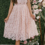 We Finally Found The Dress Of Our Dreams! This Short Sleeve Blush Midikleid Spitze