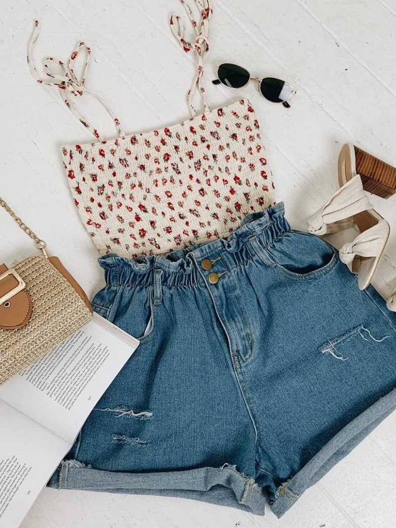 we're loving this top! perfect for summer! #cuteoutfitsforsummer sommer kleidung | Sommer Kleidung